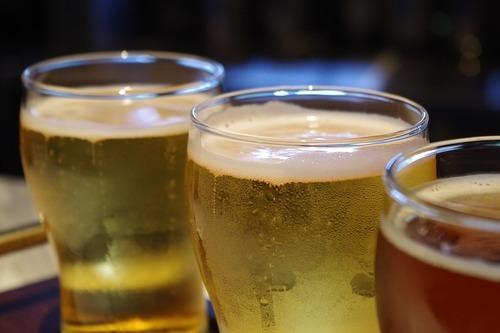 Inviter kollegerne på hjemmebrygget øl